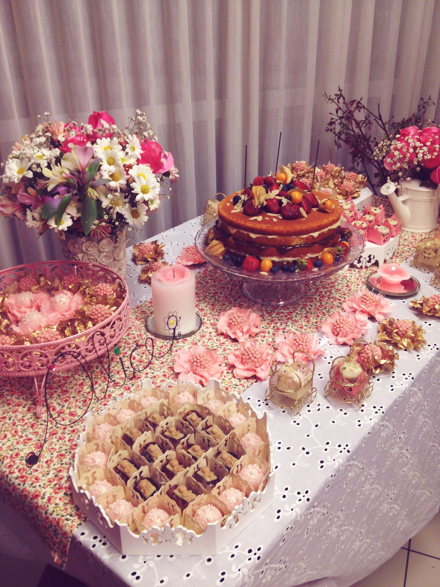 PartyFoodTable